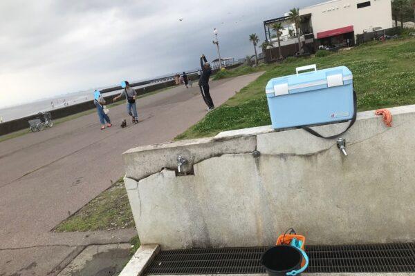 検見川浜突堤の水道場